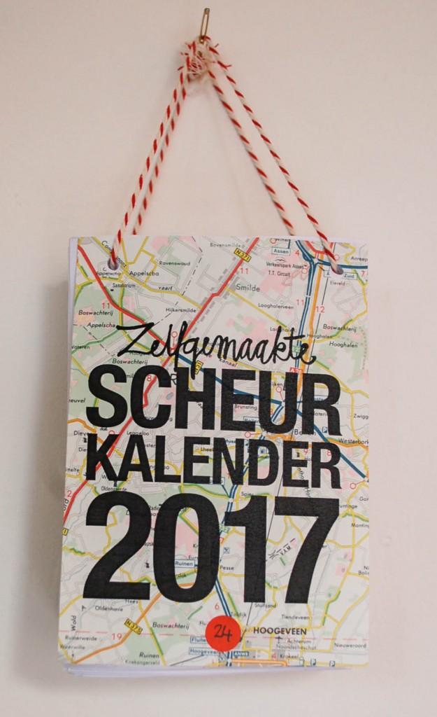 Zelfgemaakte scheurkalender 2017 op oudpapier